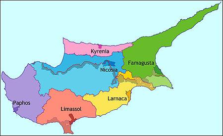 Sådan ser Cyperns opdeling af distrikter ud (kilde: wikimedia)