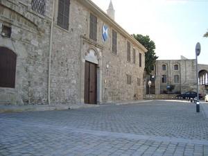 Indgangen til Larnacas gamle bydel. (Kilde: wikimedia)